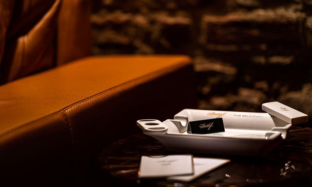 Zigarren Lounge Köln Stühle