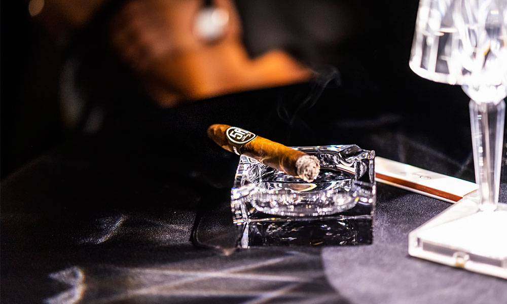 Zigarre in Glas