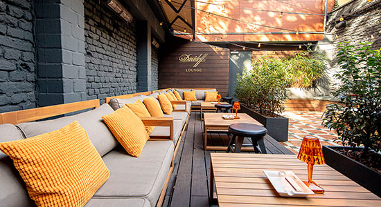 The Grid Bar - Bild Outdoor Lounge