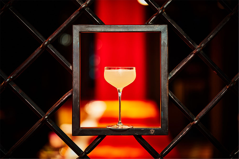 the-grid-bar-cocktail-square-paper-portraits-2020-money-boy